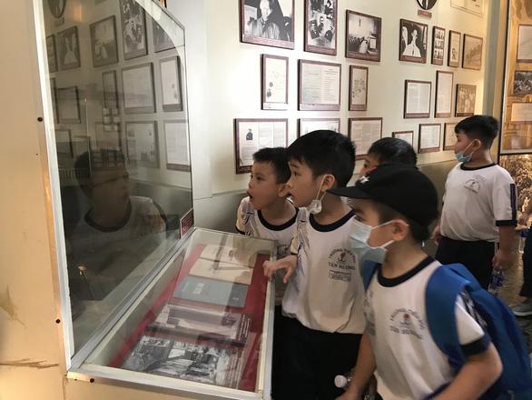 Hành trình đến bảo tàng cho em thêm yêu lịch sử - Ảnh 4.