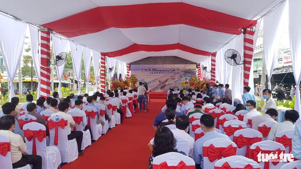 Phó chủ tịch nước Võ Thị Ánh Xuân dự lễ khánh thành cầu Nguyễn Thái Học - Ảnh 1.