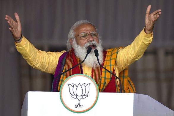 Facebook bỏ chặn các 'tút' kêu gọi thủ tướng Ấn Độ từ chức - Ảnh 1.