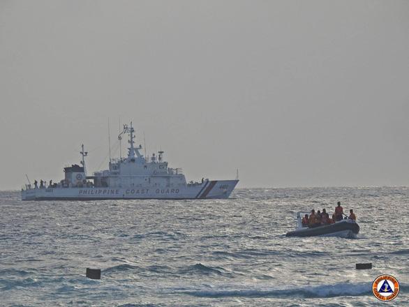 Philippines: Trung Quốc không có quyền nói Manila nên và không nên làm gì trên Biển Đông - Ảnh 1.