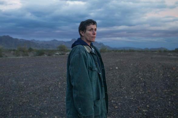 Nomadland: Chúng ta là kẻ du mục giữa hoang mạc cuộc đời - Ảnh 4.