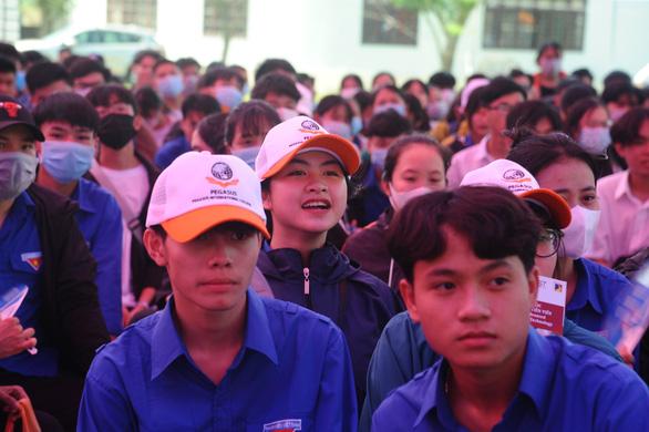 Tư vấn tuyển sinh ở Quảng Nam: Học sinh quan tâm đăng ký xét tuyển online - Ảnh 5.