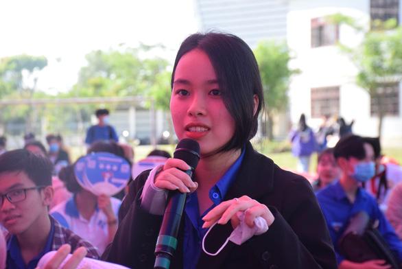 Tư vấn tuyển sinh ở Quảng Nam: Học sinh quan tâm đăng ký xét tuyển online - Ảnh 4.