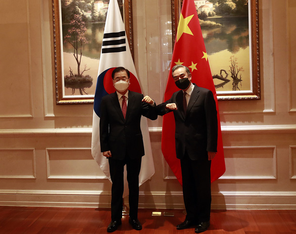 Trung Quốc và Hàn Quốc bắt tay giải quyết vấn đề Triều Tiên - Ảnh 1.