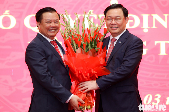 Tân Bí thư Thành ủy Hà Nội Đinh Tiến Dũng hứa gương mẫu và nỗ lực hết mình - Ảnh 2.
