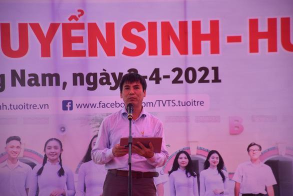 Tư vấn tuyển sinh ở Quảng Nam: Học sinh quan tâm đăng ký xét tuyển online - Ảnh 2.