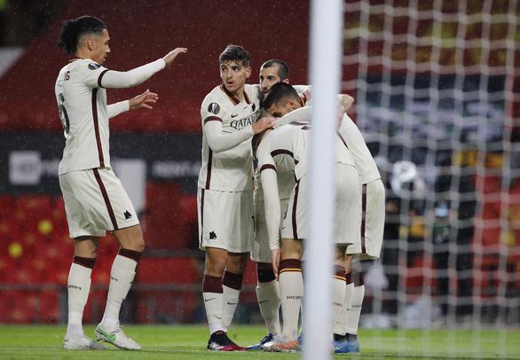 Đại thắng Roma 6-2, Man Utd cầm chắc vé chung kết Europa League - Ảnh 2.
