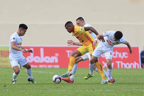 V-League 2021: Hoàng Anh Gia Lai sắp chinh phục cột mốc mới - Ảnh 2.