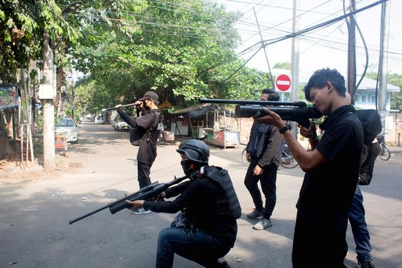 Quân đội Myanmar khẳng định không giết hại trẻ em - Ảnh 1.