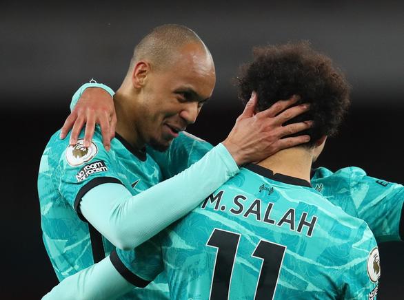 Thắng đậm Arsenal, Liverpool áp sát tốp 4 - Ảnh 1.
