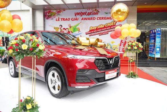 Vietjet tặng xe hơi cho khách hàng may mắn nhất mùa lễ hội cuối năm - Ảnh 1.