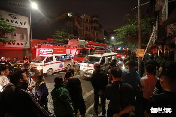 Cháy cửa hàng đồ sơ sinh ở Hà Nội: 4 người thiệt mạng - Ảnh 9.