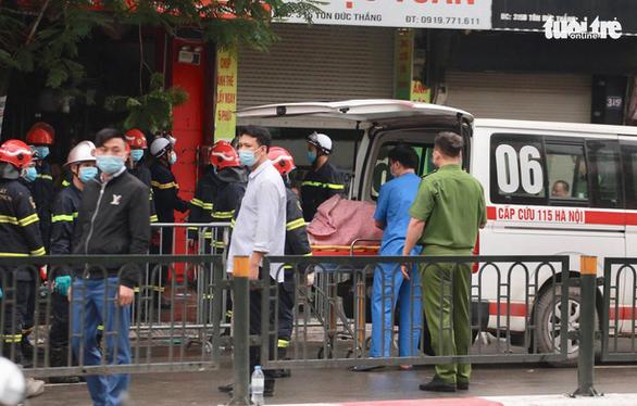Vụ cháy cửa hàng đồ trẻ sơ sinh ở Hà Nội qua lời kể nhân chứng - Ảnh 1.