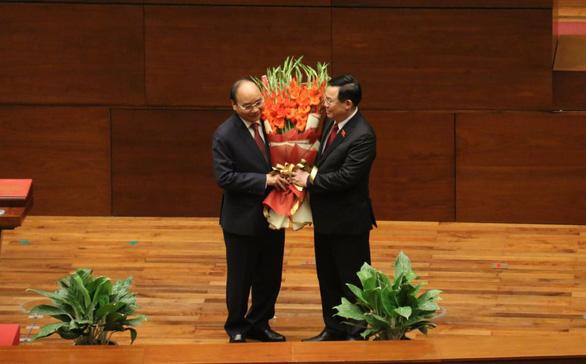 Tân Chủ tịch nước Nguyễn Xuân Phúc: Khó khăn không thể làm chùn bước chân của chúng ta - Ảnh 3.