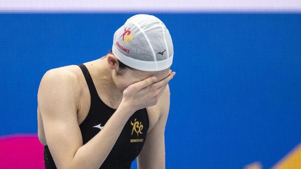 Sống sót với bệnh ung thư máu, nữ kình ngư Nhật giành vé dự Olympic Tokyo - Ảnh 1.