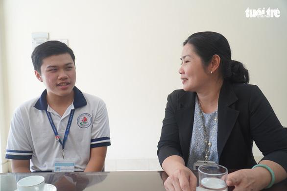 Gặp gỡ thủ khoa kỳ thi đánh giá năng lực của Đại học Quốc gia TP.HCM - Ảnh 1.