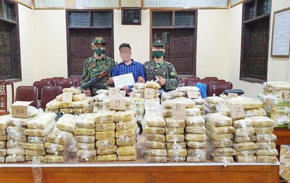 Phá án ma túy từ Lào vào Việt Nam đưa sang Trung Quốc: thu gần 350kg - Ảnh 1.