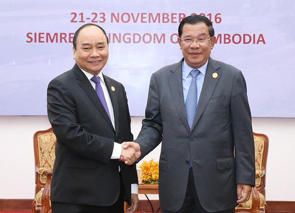 Thủ tướng Campuchia Hun Sen gửi thư chúc mừng tân Chủ tịch nước Nguyễn Xuân Phúc - Ảnh 1.