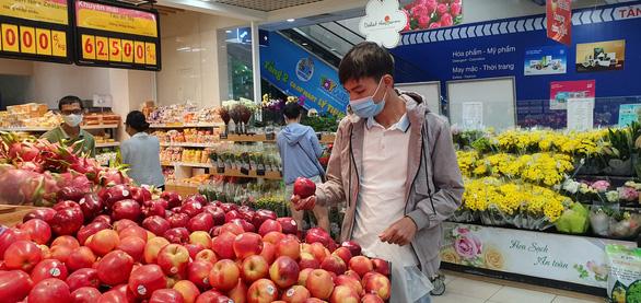 Hệ thống siêu thị Co.opmart rầm rộ giảm giá các mặt hàng giải nhiệt - Ảnh 3.