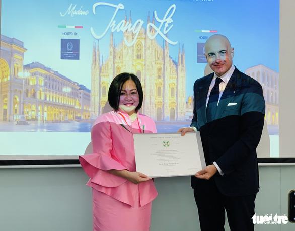 Ý tặng Huân chương công trạng, tước hiệu hiệp sĩ cho bà Trang Lê - Ảnh 1.