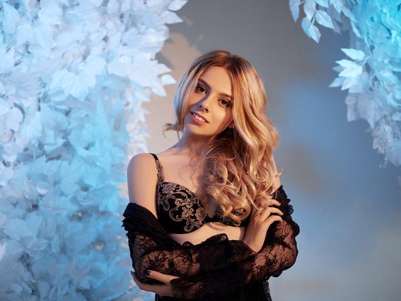 Nga: Không có cô gái Nga nào trong 40 người mẫu khỏa thân bị bắt ở Dubai - Ảnh 1.
