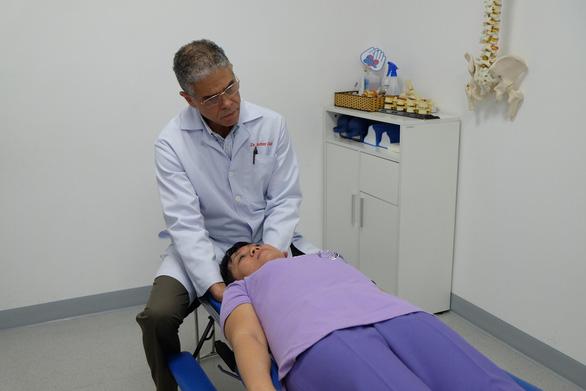 Thuốc giảm đau xương khớp: Hiệu quả nhanh, nhưng chớ lạm dụng - Ảnh 3.