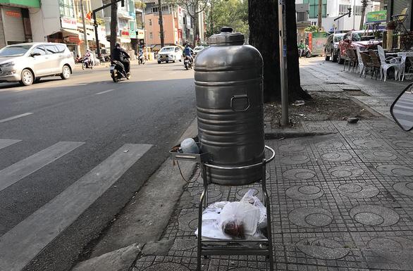 Sài Gòn bao dung - TP.HCM nghĩa tình: Có mà khen cả ngày chả hết - Ảnh 1.