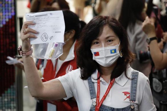 Khách Đài Loan hào hứng trải nghiệm bong bóng du lịch đầu tiên ở châu Á - Ảnh 2.