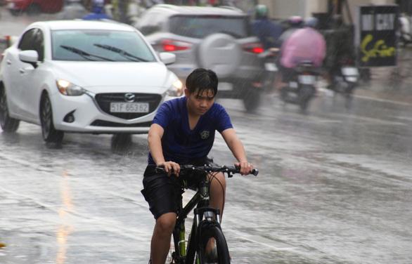 Miền Nam sẽ vào mùa mưa sớm hơn các năm, từ cuối tháng 4 - Ảnh 1.