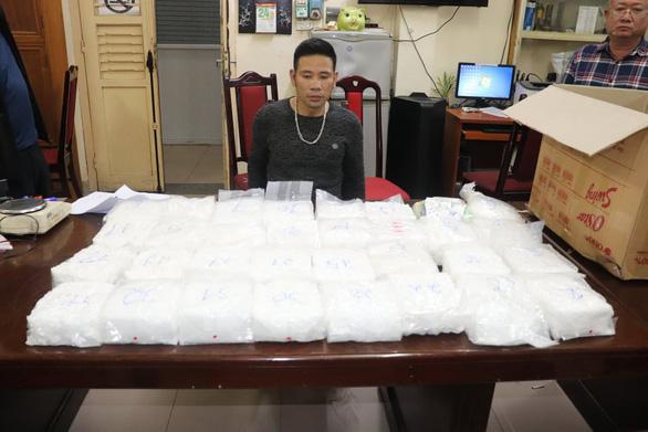 Triệt phá đường dây buôn ma túy liên tỉnh, thu gần 60kg - Ảnh 2.