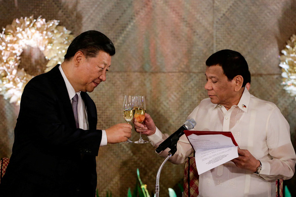 Ông Duterte xuống nước với Trung Quốc? - Ảnh 1.