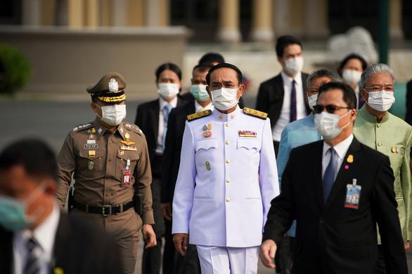 COVID-19 tấn công Chính phủ Thái Lan - Ảnh 1.