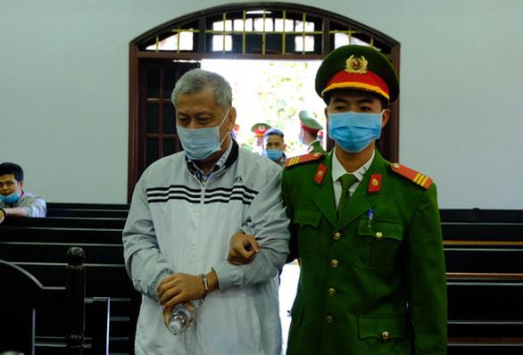 Mở lại phiên tòa xử đường dây làm xăng giả của đại gia Trịnh Sướng - Ảnh 1.