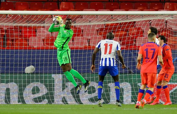 Thắng thuyết phục Porto, Chelsea đặt một chân vào bán kết - Ảnh 2.
