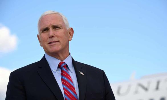 Cựu phó tổng thống Mỹ Mike Pence ký hợp đồng triệu đô viết hồi ký - Ảnh 1.