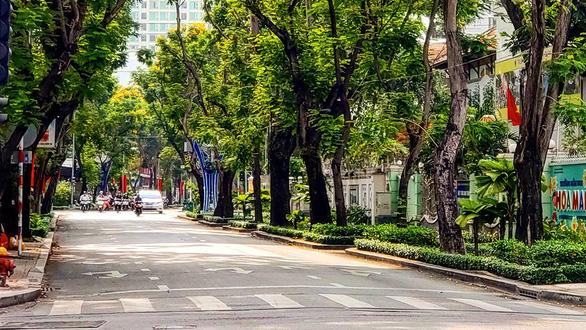 Sài Gòn bao dung - TP.HCM nghĩa tình: Người tình đầu tiên, người yêu cuối cùng - Ảnh 1.