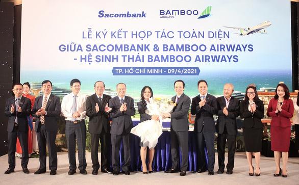 Chủ tịch Sacombank tại lễ ký hợp tác toàn diện với Bamboo Airways: 'Hai thương hiệu, triệu giá trị' - Ảnh 2.
