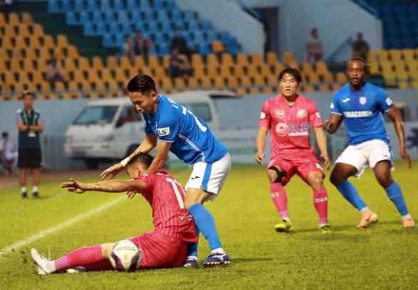 Các cầu thủ Than Quảng Ninh lại kêu cứu vì bị nợ lương, thưởng - Ảnh 1.