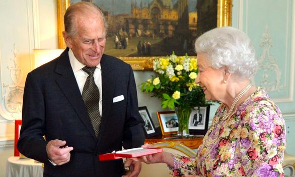 Chồng Nữ hoàng Anh qua đời - Ảnh 2.