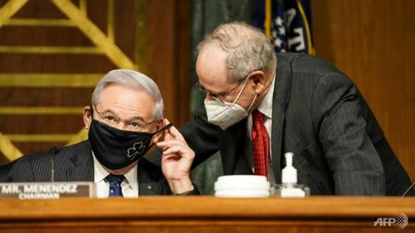 Nghị sĩ Mỹ trình dự luật đối đầu mạnh hơn với Trung Quốc - Ảnh 1.
