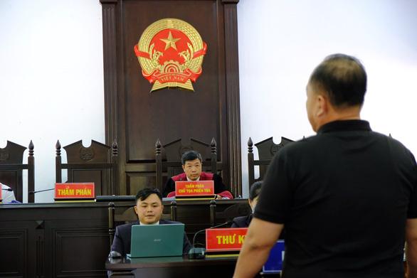 Xét xử đường dây xăng giả của đại gia Trịnh Sướng: chia 39 bị cáo thành 4 nhóm - Ảnh 3.