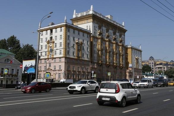 Nga: Mỹ không thân thiện khi ngừng cấp visa cho người Nga - Ảnh 1.