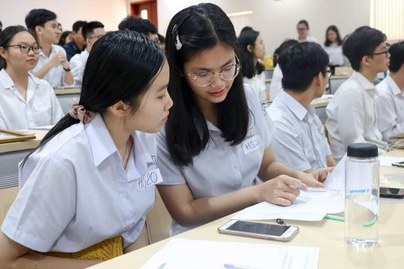Nữ sinh Trường phổ thông Năng khiếu nhận học bổng 6,8 tỉ đồng của đại học Mỹ - Ảnh 2.