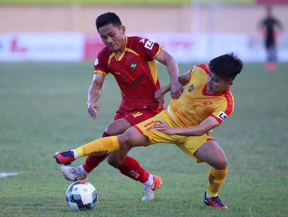 Vòng 12 V-League 2021 diễn ra đồng loạt chiều mai 2-5: Cơ hội cuối cùng - Ảnh 3.