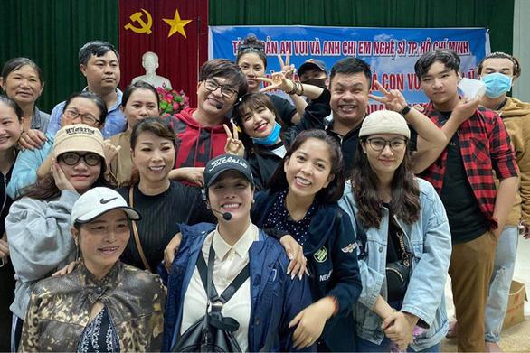 Nhạc sĩ Nguyễn Văn Chung bức xúc vì nghệ sĩ bị nói 'vô văn hóa', Khánh Vân hỗ trợ hoa hậu Myanmar - Ảnh 9.