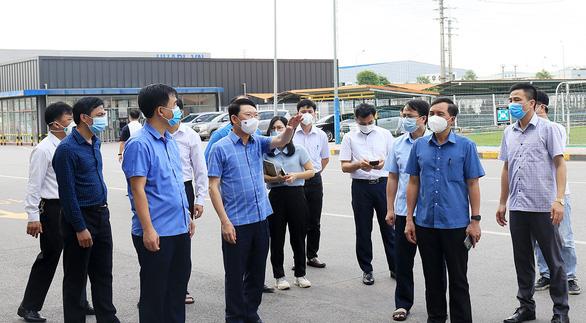 Ổ dịch Công ty Shin Young: Tỉnh Bắc Giang giao công an điều tra trách nhiệm - Ảnh 1.