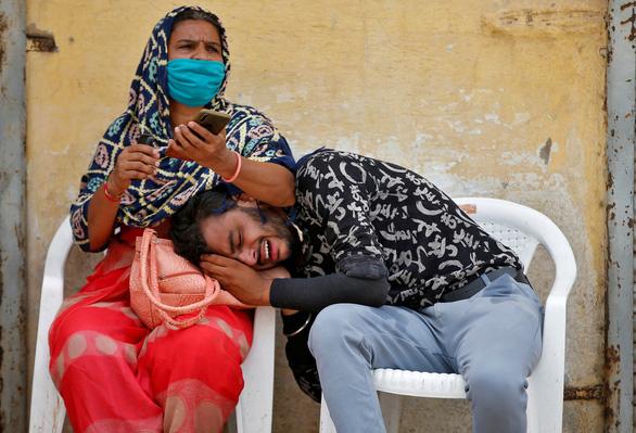 Ấn Độ giảm số ca COVID-19, giới chuyên gia vẫn kêu gọi phong tỏa - Ảnh 1.