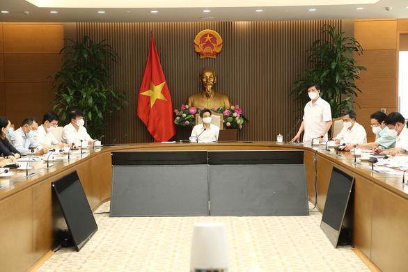 Việt Nam không thay đổi chiến lược chống dịch COVID-19 - Ảnh 3.