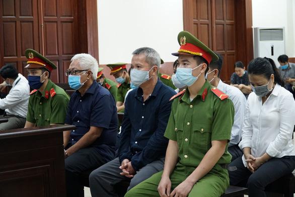 Vụ thất thoát 8.800 tỉ tại DAB: Hoãn tòa do bị cáo đang tham gia phiên tòa khác - Ảnh 1.
