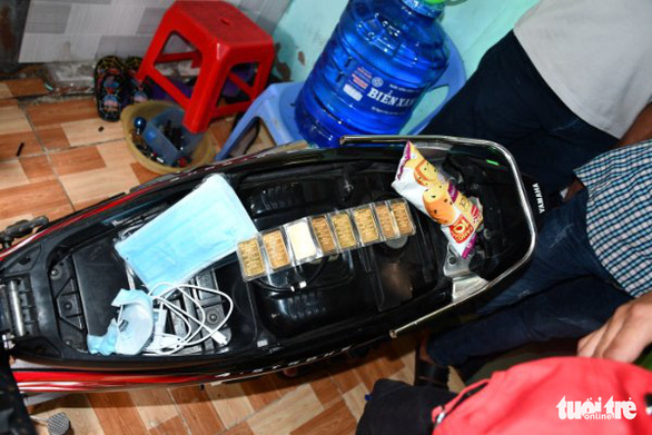 Khởi tố kẻ trộm nhiều dây vàng ở nhà nguyên giám đốc Sở GTVT Trà Vinh - Ảnh 2.